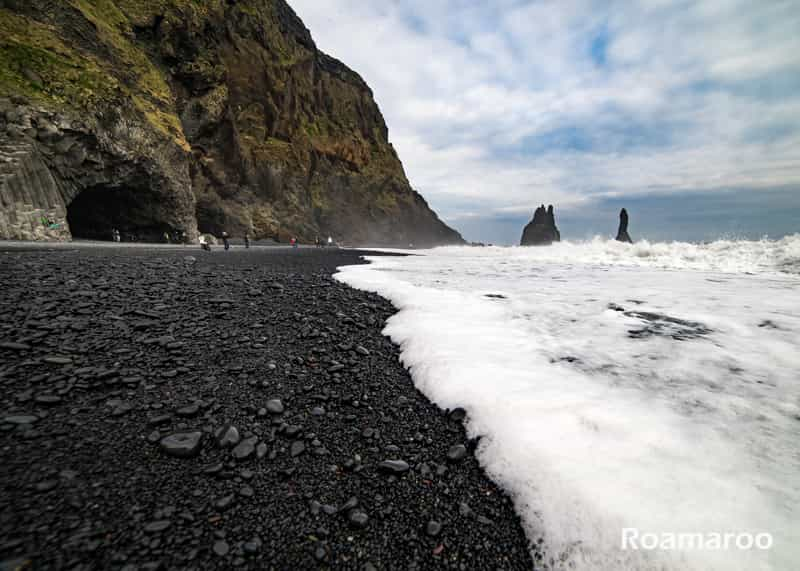 Things to do in Iceland Reynisfjara black sand beach