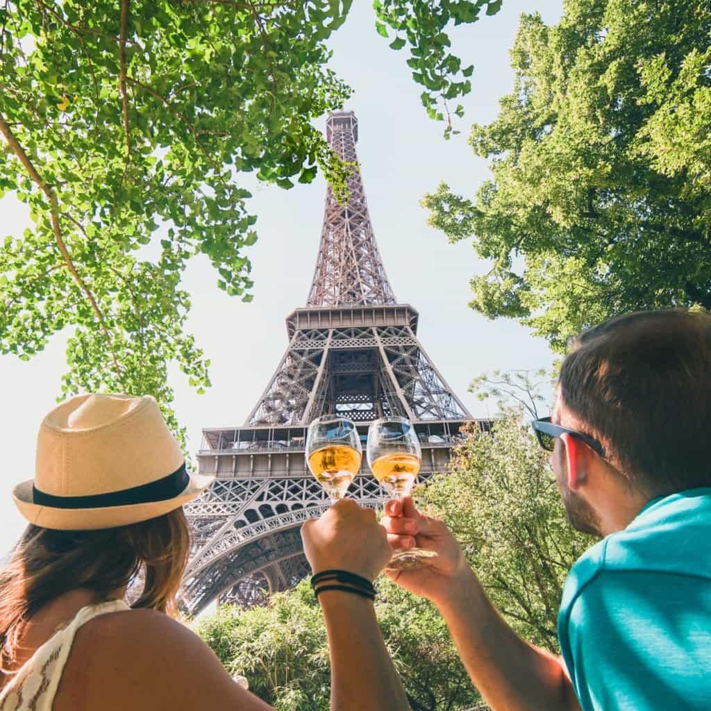 Things to do in Paris - Roamaroo Travel Blog